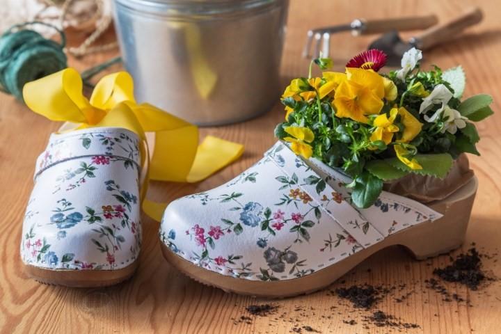 Jar v topánkach
