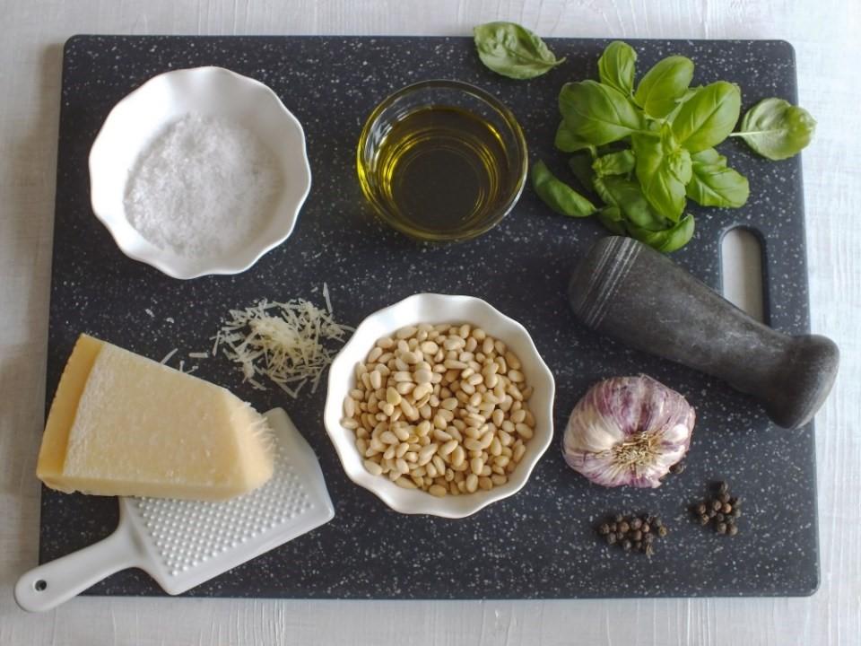 Domáce bazalkové pesto 2