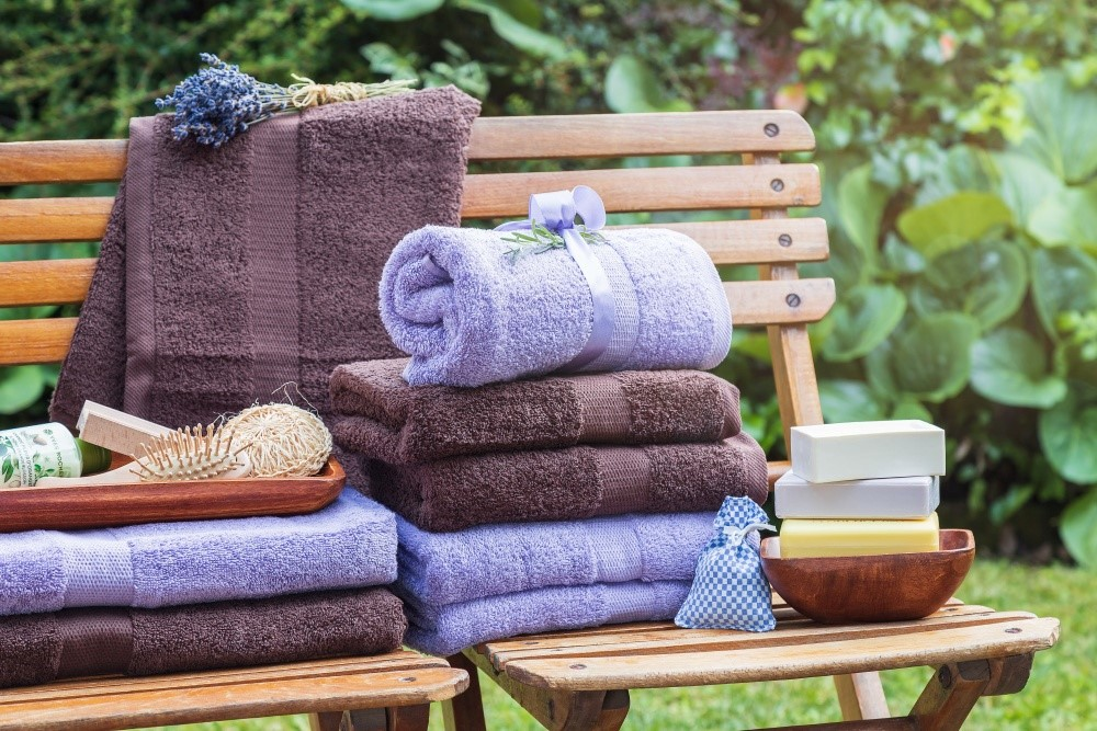 Pestré uteráky a osušky k vode 2
