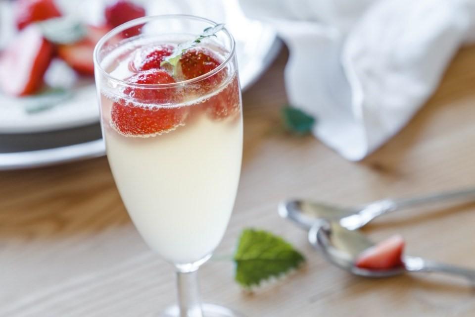 Bazové šampanské II 3