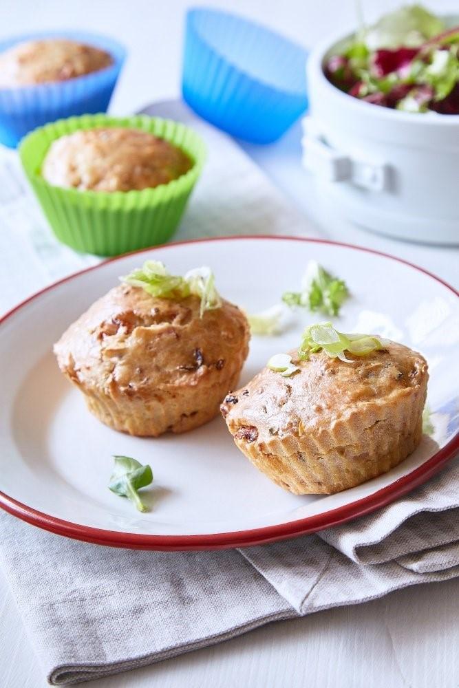 Muffiny so sušenými paradajkami 2