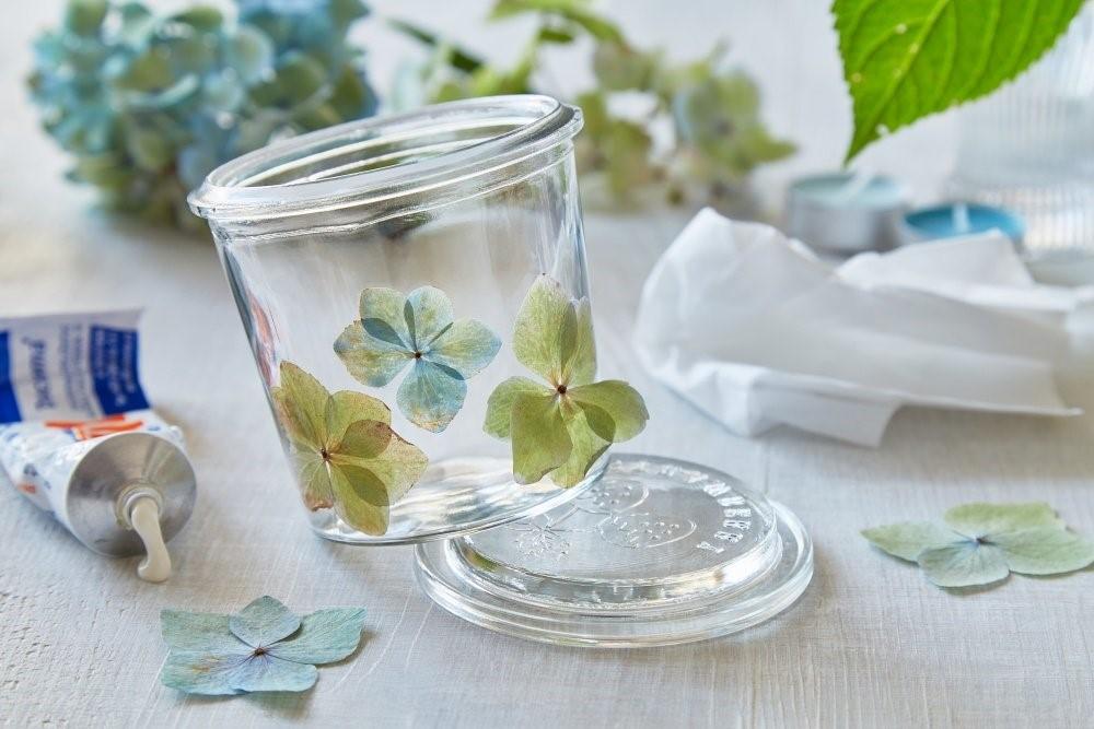 Svietnik z kvetov hortenzie 3