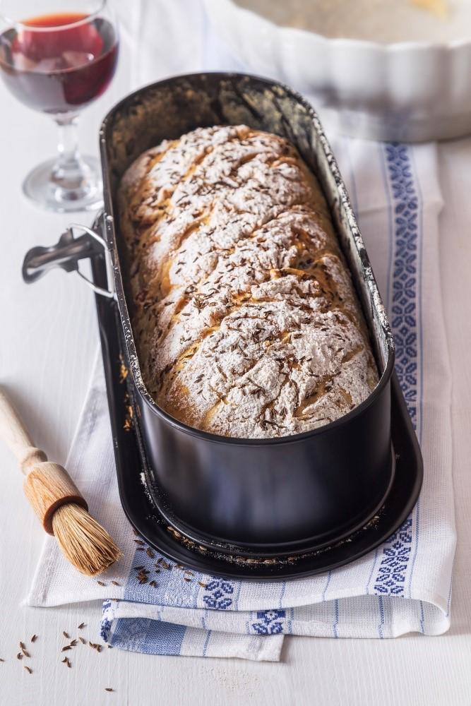 Chlieb so špaldou a údeným mäsom 2