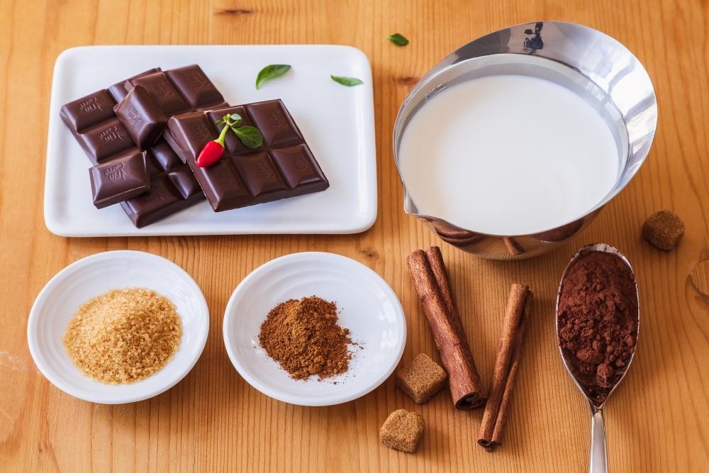 Horúca krémová čokoláda s perníkovým korením 3