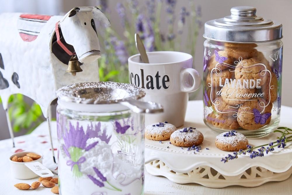 Zaprášené levanduľové sušienky alebo pečenie s amóniom 5